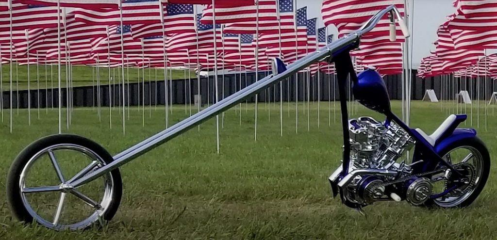 Moto Chopper minimalista
